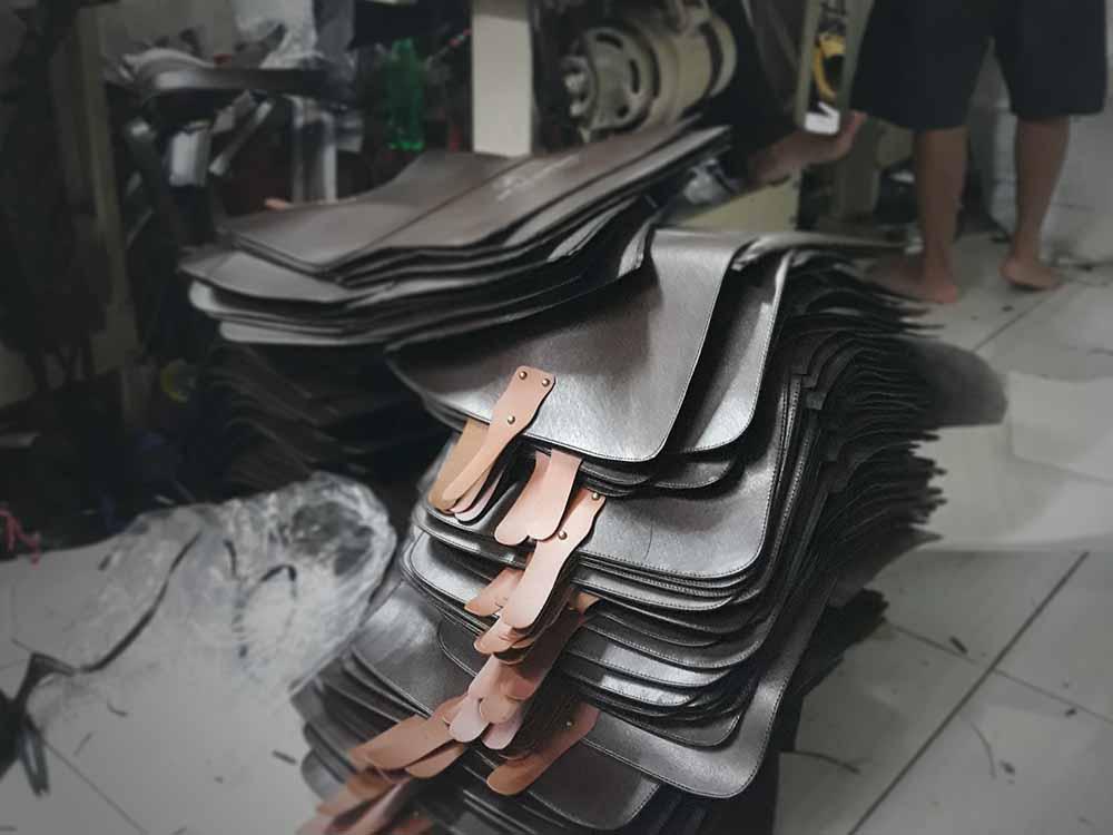 bahan yang digunakan oleh konveksi tas seminar purbalingga